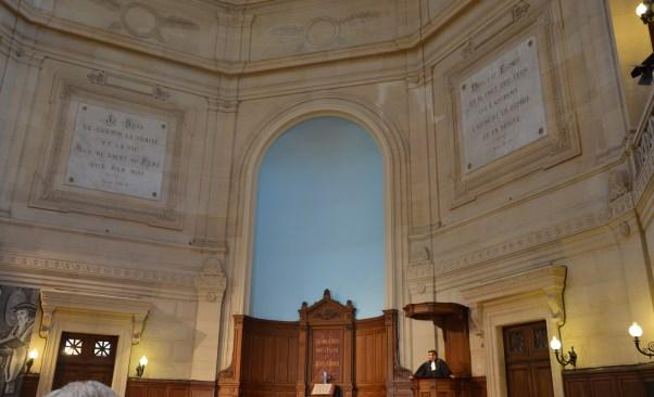 Consultation des membres de l'église : réaménagement de l'abside